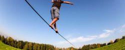 Slackline – aktivita, která otestuje vaši rovnováhu